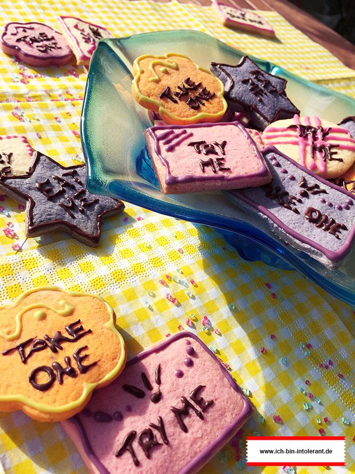 glutenfreie Eat Me Cookies aus Alice im Wunderland